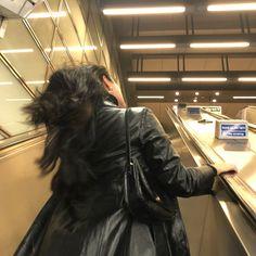 City Aesthetic, Aesthetic Girl, Travel Aesthetic, A New York Minute, Nyc Life, Insta Photo Ideas, City Girl, Photo Dump, Looks Style