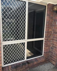 Cool your home with Black Mirror Tint! We Tint Windows offers home window tinting in Brisbane. Tinted House Windows, Frosted Window Film, Window Films, Black Mirror, Reno Ideas, Brisbane, Home Office, Building, Outdoor Decor
