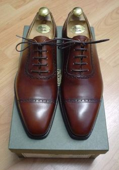 Brown Crocket & Jones cap-toe's