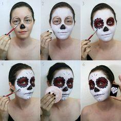 33 Simple Sugar Skull Makeup looks 2018 DIY Halloween Makeup Ideas - Visage Halloween, Halloween Makeup Sugar Skull, Halloween Skull, Halloween Diy, Halloween Skeletons, Candy Skull Makeup, Candy Skull Face Paint, Sugar Skull Makeup Easy, Sugar Skull Costume Diy