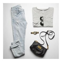 The Pocket Tee with classic accessories.