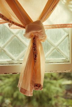 How to not to get out the knots – Rod Anker Salons Peach Trees, Peach Blossoms, Cozy Cottage, Cottage Style, Peach Valley, Beautiful Home Gardens, Farm House Colors, Shades Of Peach, Peach And Green