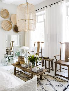 LOUNG TABLE VINTAGE - photo from Maison Hand Lyon