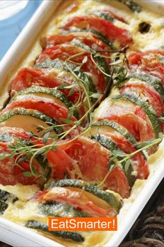 Tomato and zucchini bake EAT SMARTER # carbohydrate free # recipes # vegetarian Carbohydrate-free recipes vegetarian? Tomato and zucchini bake EAT SMARTER # carbohydrate free # recipes # vegetarian Tomato Zucchini Bake, Zucchini Casserole, Law Carb, Vegetarian Recipes, Healthy Recipes, Free Recipes, Egg Recipes, Drink Recipes, Evening Meals