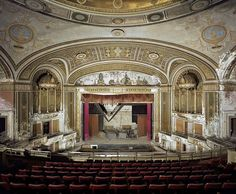 Inside Old Abandoned Mansions | Awesome abandoned theaters in the USA | Michael John Grist