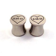 "Personalized Date Heart Steel Plugs - 2g (6mm) 0g (8mm) 00g (10mm) 7/16"" (11 mm) 1/2"" (13mm) 9/16"" (14mm) 5/8"" (16mm) Metal Ear Gauges"