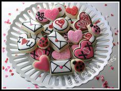 mini valentine's day cookies  #heart