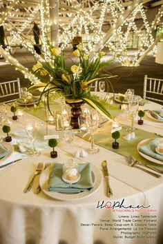 Wedding table decor #Mint / pastel green Wedding Reception ... Wedding ideas for brides, grooms, parents & planners ... https://itunes.apple.com/us/app/the-gold-wedding-planner/id498112599?ls=1=8 … plus how to organise an entire wedding ♥ The Gold Wedding Planner iPhone App ♥
