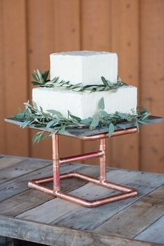 Tag Ranch Destination Park City Utah Wedding Flowers Calie Rose pantone color of the year greenery wedding cake russian olive wedding cake copper wedding cake stand modern wedding cake inspiration www (Cake Stand)