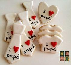 Unas galletas para los papás, hechas con mucho cariño, no solo para regalar el día del padre. La receta de siempre , los corazones... Man Cookies, Iced Cookies, Cute Cookies, Royal Icing Cookies, Cupcake Cookies, Sugar Cookies, Fathers Day Cupcakes, Fathers Day Cake, Fathers Day Crafts