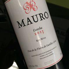 Mauro 2013 (tempranillo de VT Castilla y León) http://www.uvinum.es/vino-vt-castilla-y-leon/mauro-2013 #vino #tinto #videocata #uvinum