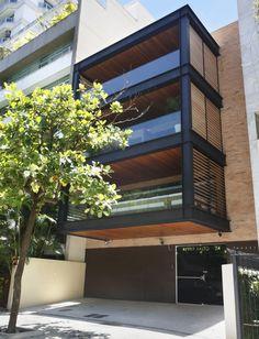 Galería de Edificio Alvar Aalto / Laclau + Borelli Arquitectos Asociados - 1