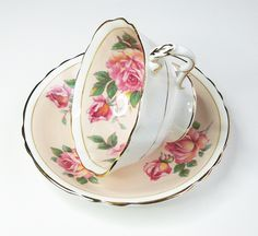 Paragon bone china tea cup and saucer set - Large pink rose peach - Vintage English teacup and saucer | Flickr - Photo Sharing!