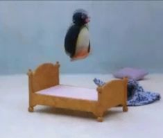 Picture of Pingu Cartoon Memes, Cute Cartoon, Pingu Pingu, Pingu Memes, Spotify Playlist, Kermit, Meme Faces, Stupid Memes, Mood Pics