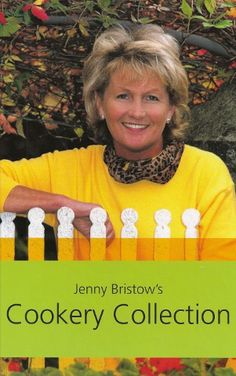 Jenny Bristow is a cooking phenomenon in Ireland, well known for combining good food with good nutritional sense and simple presentation. This collection includes 220 mouthwatering recipes - covered in three sections Country Coo Drink Recipe Book, Recipe Books, Recipe Cover, Chef Recipes, Chefs, Irish, Presentation, Food And Drink, Nutrition