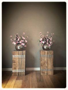 Säulen mit Pflanzkübeln sind echte Blickfänger für Ihr Haus! Tolle Inspirationsideen + eine einfache Anleitung! - DIY Bastelideen