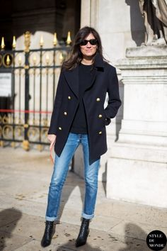 Paris Fashion Week FW 2014 Street Style: Emmanuelle Alt | More outfits like this on the Stylekick app! Download at http://app.stylekick.com