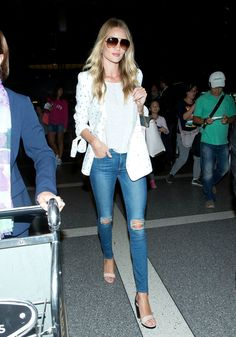 Rosie Huntington-Whiteley on the one outfit she always packs when travelling - HarpersBAZAARUK