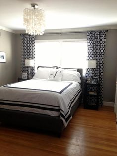 6 Qualified Clever Ideas: Small Bedroom Decor Decorating remodeling a bedroom cost.Guest Bedroom Remodel Night Stands how to remodel my bedroom.Bedroom Remodeling How To Build. Small Master Bedroom, Home Bedroom, Bedroom Decor, Bedroom Ideas, Texas Bedroom, Budget Bedroom, Master Bathrooms, Modern Bedroom, Window Behind Bed