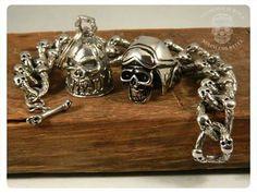 Guardian Bell - Ring Skull - Bracelet Skull