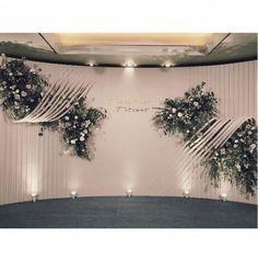 Trendy wedding backdrop elegant curtains Ideas T Vintage Wedding Backdrop, Wedding Backdrop Design, Wedding Reception Layout, Wedding Stage Decorations, Backdrop Decorations, Wedding Ceremony Decorations, Wedding Centerpieces, Wedding Backdrops, Wedding Themes