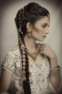 "Indian women are known to have really lustrous, gorgeous and long hair. And as you long haired ladies know, itRead More Breathtaking Braided Hairstyles For Indian Women"" Indian Braids, Bollywood, Indian Wedding Hairstyles, Punjabi Hairstyles, Indian Bridal Wear, Wedding Hair Accessories, Bridal Looks, Hair Jewelry, Indian Beauty"