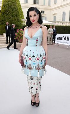 All Eyes on AmfAR's Cinema Against AIDS Gala?url=http://www.style.com/slideshows/slideshows/culture/parties/2015/05/amfar-red-carpet/slides/6
