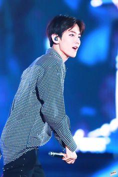 BaekBeauty || (170527) EXO'rDium [dot] Credit: Lightsoli.