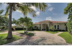 :-) - Completely remodeled family home steps from Normandy village center and minutes to the ocean. Miami Beach, Home And Family, Ocean, Mansions, House Styles, Manor Houses, Villas, The Ocean, Mansion