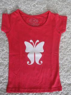 Meisjes shirtje met een zachte vlinder. TE KOOP www.debontewereld.nl