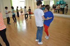 Cursuri de dans: o idee buna? - Scoala de dans Stop&Dance Basketball Court
