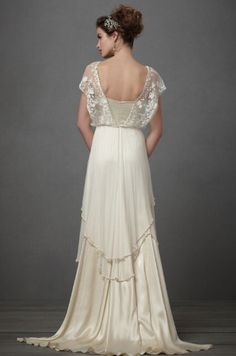 Tiered Lace Wedding Dress- Vintage think this is the one!!******************* angeldress $220