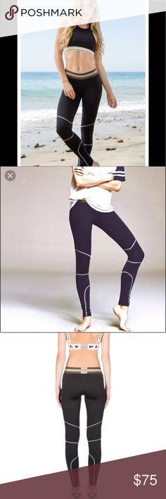 Olympia activewear size medium hero legging Barely worn no damage purchased at bandier in nyc Olympia Activewear Pants Leggings