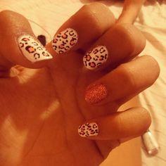 http://decoraciondeunas.com.mx/post/103096109452/jiji-retomando-el-pulso-nails-animalprint | #moda, #fashion, #nails, #like, #uñas, #trend, #style, #nice, #chic, #girls, #nailart, #inspiration, #art, #pretty, #cute, uñas decoradas, estilos de uñas, uñas de gel, uñas postizas, #gelish, #barniz, esmalte para uñas, modelos de uñas, uñas decoradas, decoracion de uñas, uñas pintadas, barniz para uñas, manicure, #glitter, gel nails, fashion nails, beautiful nails, #stylish, nail styles