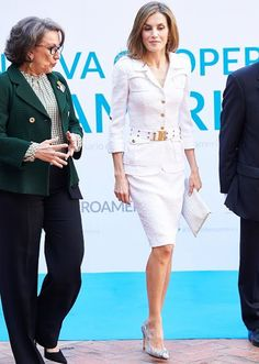 10 October 2016 - Queen Letizia attends a seminar at America's House in Madrid - shoes by Magrit, clutch by Uterque