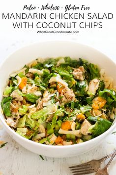 This Paleo & Mandarin Chicken Salad uses delicious toasted coconut chips instead ofcrispy Chinese noodles and you'll love how flavorful it is! Paleo Salad Recipes, Primal Recipes, Healthy Chicken Recipes, Real Food Recipes, Mandarin Recipes Paleo, Sin Gluten, Mandarin Chicken, Leftover Turkey Recipes, Whole 30 Recipes