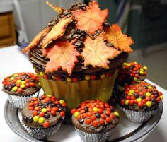 Thanksgiving_Cake_by_BPHaines