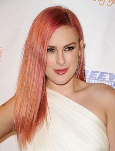 Haare tonen rosa