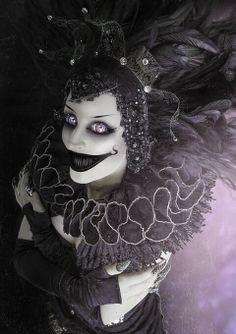 )(veronica d) Creepy clown Diy Halloween, Halloween Circus, Halloween Makeup, Halloween Costumes, Halloween Horror, Halloween 2018, Spirit Halloween, Joker Clown, Creepy Clown