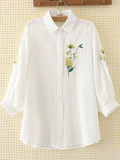 6c427b0ea2 Embroidery Flower Button Loose Shirt for Women can cover your body well