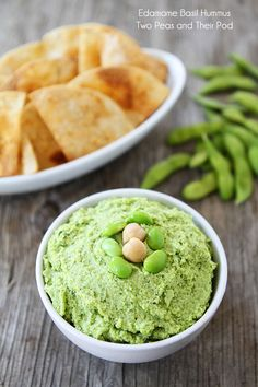 Edamame Basil Hummus Recipe on twopeasandtheirpo. This healthy dip is great for snacking and parties! Basil Hummus, Chickpea Hummus, Hummus Dip, Appetizer Recipes, Snack Recipes, Cooking Recipes, Appetizers, Basil Recipes, Chickpeas