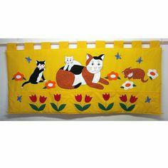Kapsář za postel - Kočka s koťaty 165 x 70cm Kapsář za postel podle vlastního návrhu má rozměry 165 x 70cm + 8cm poutka, má 7 kapes, vhodný i k dětské posteli IKEA. Výrobek je zhotoven ze 100% bavlněné látky, plněn vatelínem. Má poutka k zavěšení na tyč ( tyč není součástí dodávky ) Lze objednat i v jiných barvách i ve velikosti 200 x 70cm. Snadná údržba: prát ... Toy Chest, Storage Chest, Toys, Baby, Furniture, Home Decor, Activity Toys, Decoration Home, Room Decor