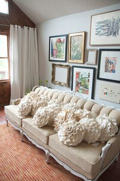 I love the cream ruffle rose cushions even more than the red ones in this etsy shop. Made from recycled wool jumpers (sweaters) that have been felted. Great texture!