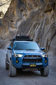 Here's what you need to know to build the cleanest Toyota overland adventure project. lift with KING OEM Performance shocks and off-road tires and more! Toyota 4x4, Toyota Tacoma, Toyota Trucks, Lifted Ford Trucks, Jeep Truck, Peterbilt Trucks, 4runner Off Road, Toyota 4runner Trd, Toyota Tundra
