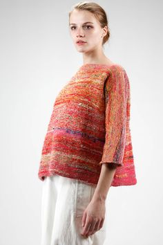 daniela-gregis-ss-2017-multicolor-knitwear-linen-ivo-milan Knitting Designs, Knitting Patterns Free, Knitting Projects, Knitwear Fashion, Knit Fashion, Textiles, Ss 2017, Clothes Crafts, Summer Collection