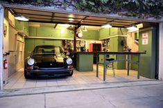 Jack Olsen's 12-Gauge Garage with Porsche 911 RSR - BOOM!