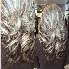 Great highlight / lowlight mix! this makes me want to go blonde again @vastylist1