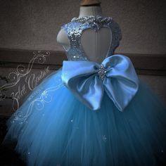 Flower Girl Dress Elsa Dress Big Bow Dress от ZulettCouture