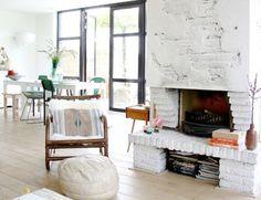 chemin es en briques sur pinterest des chemin es de briques en peinture chemin e en brique. Black Bedroom Furniture Sets. Home Design Ideas