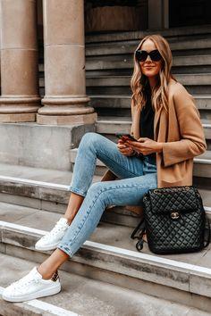 Fashion Jackson Wearing Camel Coatigan Black Sweater Levis Jeans Golden Goose Purestar White Sneakers Chanel Urban Spirit Large Backpack Levis Jeans, Winter Outfits, Casual Outfits, Fashion Outfits, Spring Outfits, Summer Outfit, Style Fashion, Long Sweaters, Winter Looks